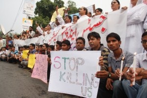 Protesters took to the streets in cities across Pakistan following the church bombings.