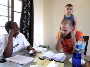 Arthur and Elly in Swahili language lessons.