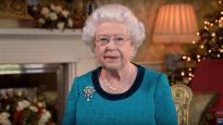 Queen of England follows Christ's example