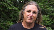 Author Tim Winton explores ideas of friendshi and sacrifice in his new novel, The Shepherd's Hut.