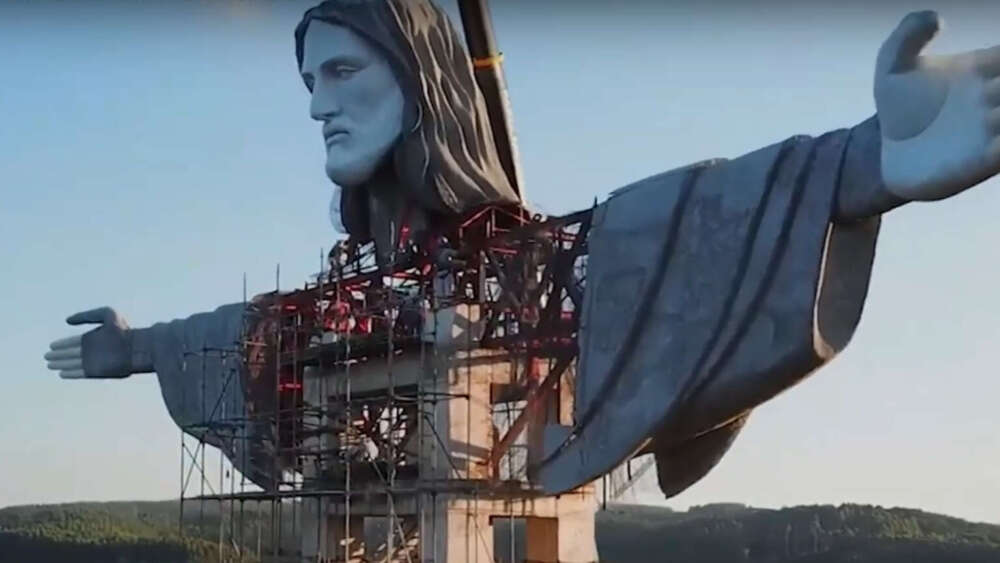 Screenshot of 'Christ the Protector' statue.