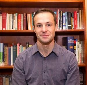 Dr. Xavier Symons